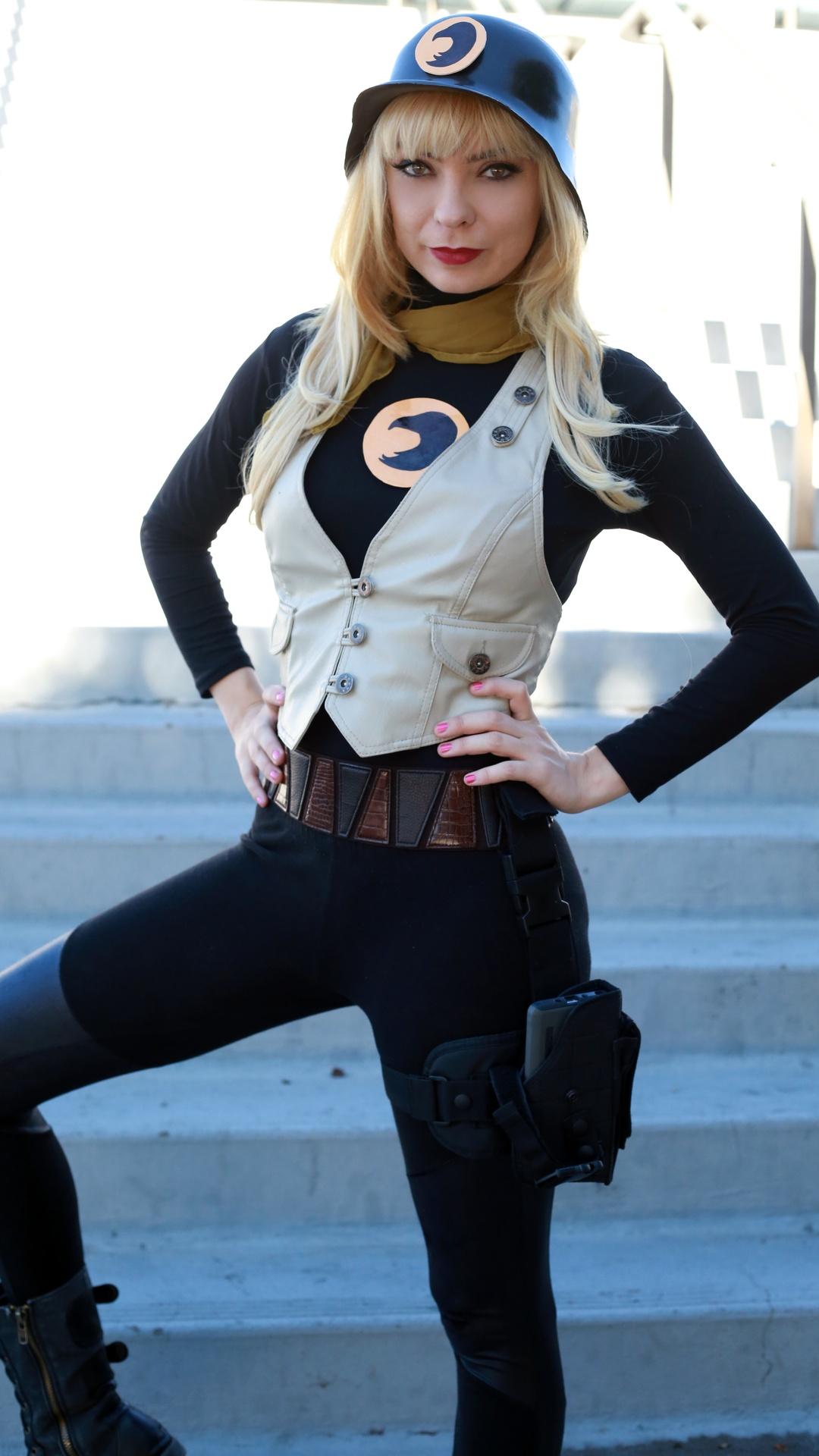 Lady Blackhawk (DC)
